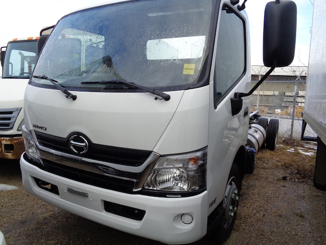 2019 HINO 195-173 cab and chassis