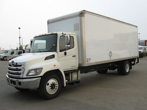 2014 HINO 338/271 24ft, Lift Gate , Ramp