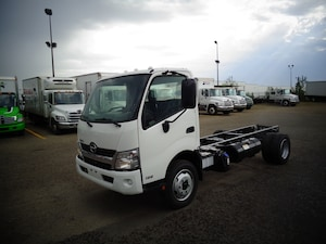 2019 HINO 195-149, Cab/Chassis Only