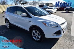 2016 Ford Escape SE 4x4 Ecoboost w/ Panoramic Moon Roof SUV
