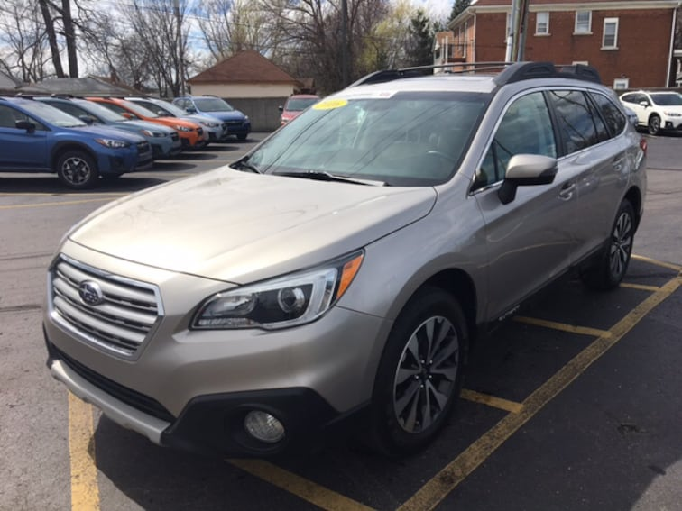 Certified Pre Owned 2016 Subaru Outback 2.5i Limited SUV For Sale Ferndale, Michigan