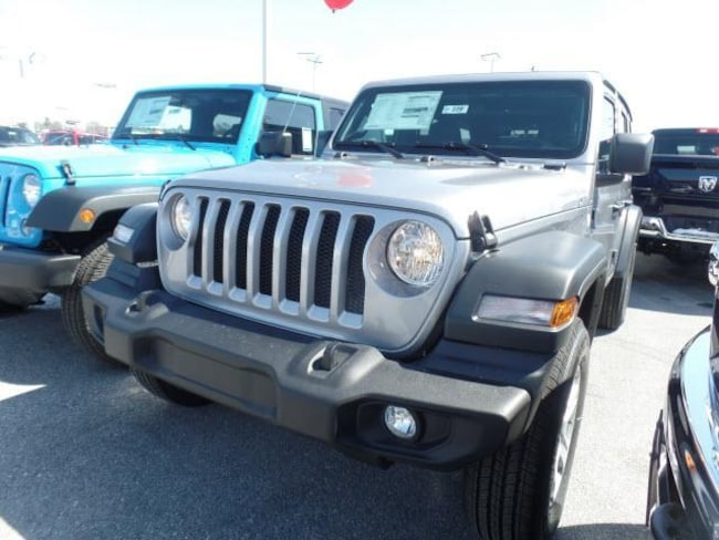 New 2018 Jeep Wrangler UNLIMITED SPORT S 4X4 For Sale in Hagerstown