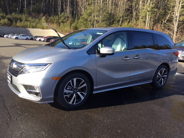 New 2019 Honda Odyssey Elite Van 5FNRL6H93KB061111 in West Simsbury