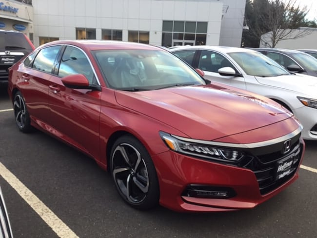 New 2018 Honda Accord Sport 2.0T Sedan 1HGCV2F36JA048532 in West Simsbury