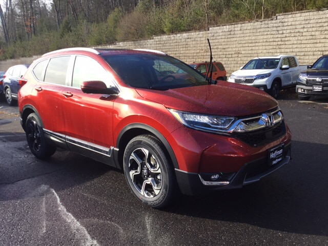 New 2019 Honda CR-V Touring AWD SUV 2HKRW2H90KH602360 in West Simsbury