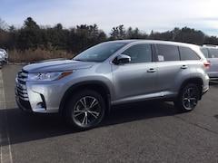 New 2019 Toyota Highlander LE V6 SUV near Hartford