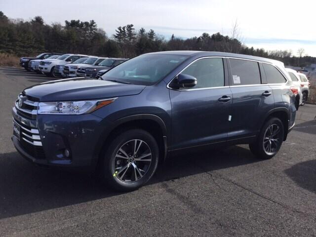 New 2019 Toyota Highlander LE Plus V6 SUV for sale near Hartford