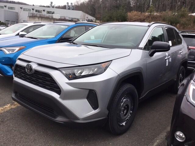 New 2019 Toyota RAV4 LE SUV near Hartford
