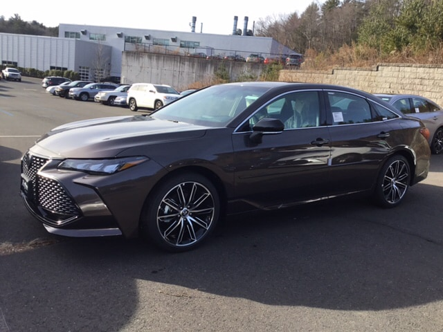 New Featured 2019 Toyota Avalon XSE Sedan for sale near you in West Simsbury, CT
