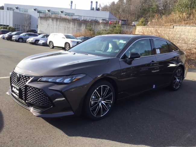 New 2019 Toyota Avalon XSE Sedan in greater Hartford
