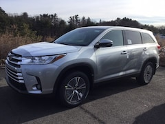 New 2019 Toyota Highlander LE Plus V6 SUV for sale near Hartford