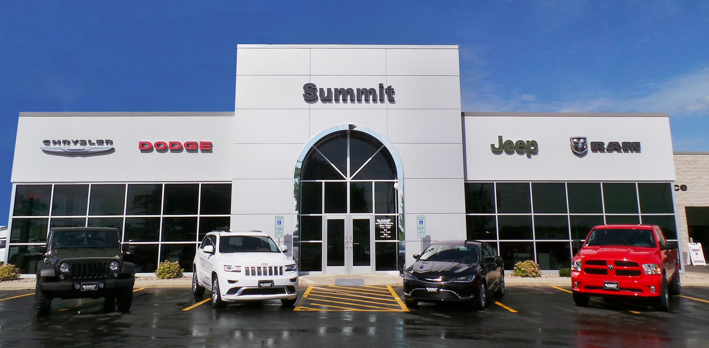learn more about summit automotive in fond du lac wi. Black Bedroom Furniture Sets. Home Design Ideas