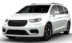 New 2021 Chrysler Pacifica Hybrid TOURING L Passenger Van for sale in Fond du Lac, WI