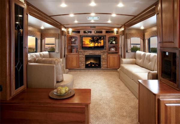 Holiday rv super centre used fleetwood dealership in - Infinity fifth wheel front living room ...