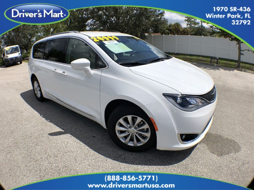 2018 Chrysler Pacifica Touring L Minivan