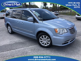 2013 Chrysler Town & Country Touring Minivan