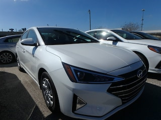New 2019 Hyundai Elantra SE Sedan KH434275 in Winter Park, FL
