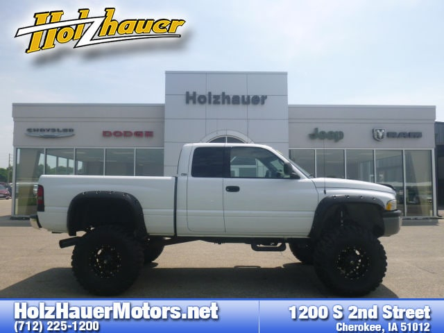 Featured pre-owned vehicles 2001 Dodge Ram 2500 Truck Quad Cab for sale near you in Cherokee, IA