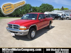 Bargain used vehicles 1998 Dodge Dakota Truck Club Cab for sale near you in Cherokee, IA
