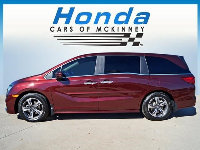 2019 Honda Odyssey Touring Auto Minivan