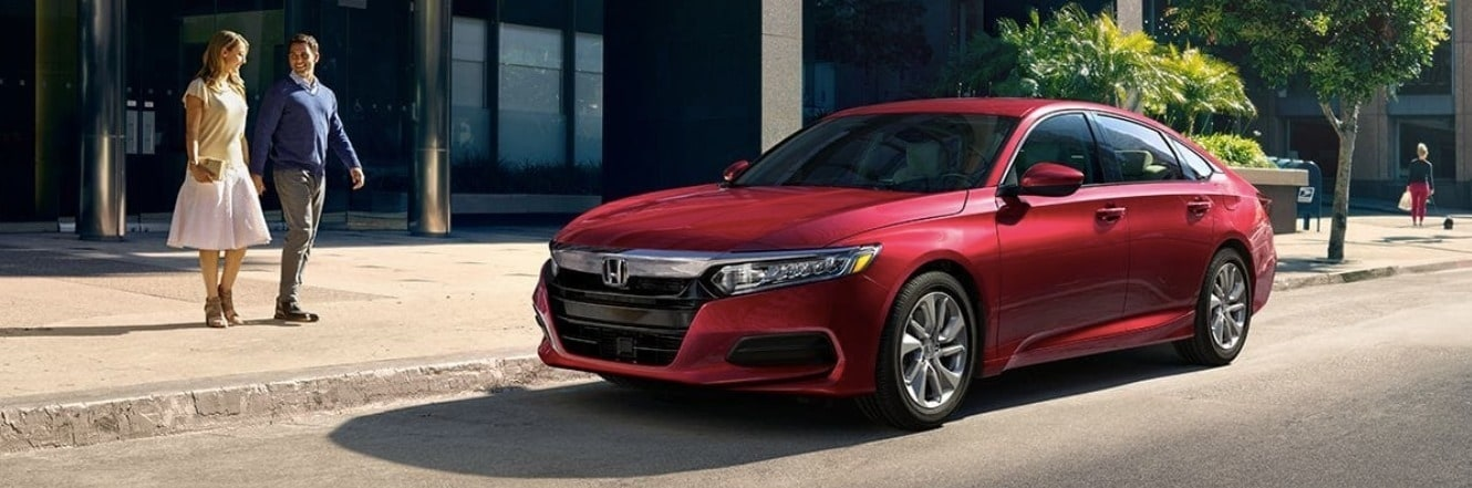 couple looking at 2019 Honda Accord