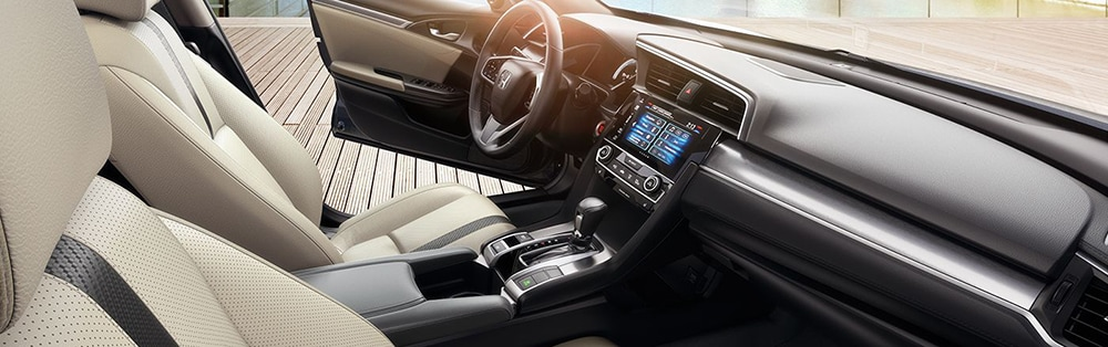 2018 honda civic interior.jpg