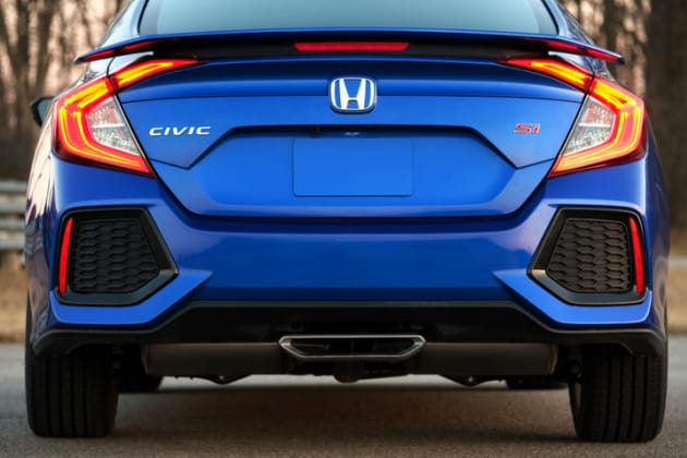 2017 Honda Civic Si Bumper