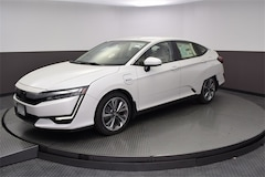 New 2018 Honda Clarity Plug-In Hybrid Touring Sedan 18437 for Sale in Springfield, IL, at Honda of Illinois