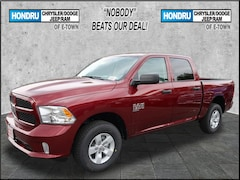 New Chrysler Dodge Jeep Ram Models 2019 Ram 1500 CLASSIC EXPRESS CREW CAB 4X4 5'7 BOX Crew Cab for sale in Elizabethtown, PA