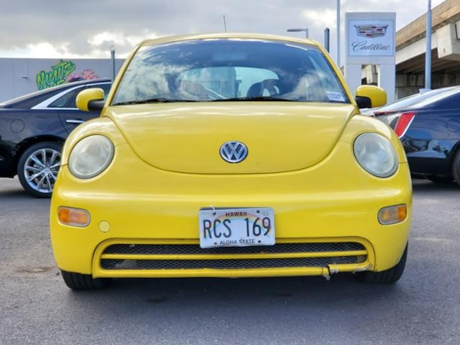 2002 Volkswagen New Beetle GL Hatchback