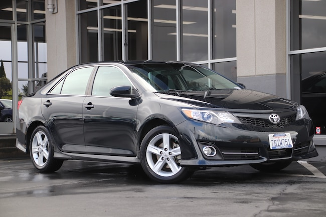 Used 2014 Toyota Camry SE Sedan for sale in Fairfield, CA at Hopkins Acura