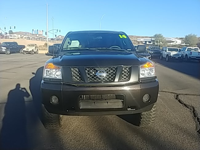 Used 2014 Nissan Titan Truck Crew Cab for sale in Globe AZ