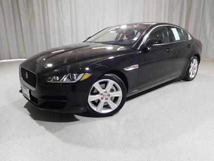 2017 Jaguar XE 25t Premium 25t Premium RWD