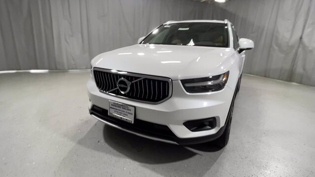 Featured used 2019 Volvo XC40 Inscription T4 FWD Inscription for sale in Chicago, IL