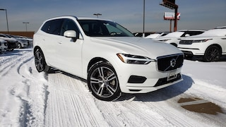 New 2018 Volvo XC60 T6 AWD Momentum SUV in Chicago