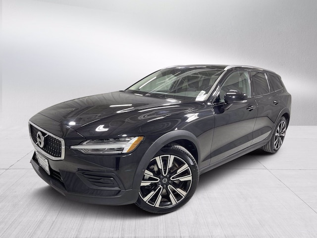 Featured used 2020 Volvo V60 Cross Country T5 Wagon for sale in Chicago, IL