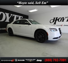 New 2019 Chrysler 300 TOURING Sedan for sale in Sherman, TX at Hoyte Dodge RAM Chrysler Jeep