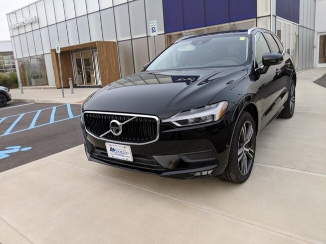 New 2018 Volvo XC60 T6 AWD Momentum SUV Wappingers Falls
