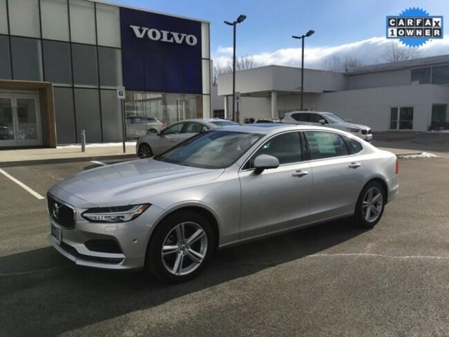 2018 Volvo S90 T5 AWD Momentum Sedan