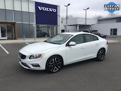 New 2017 Volvo S60 T5 AWD Dynamic Sedan YV140MTL2H2424210 for Sale in Wappingers Falls