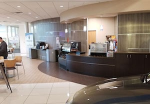 Honda Service Waiting Area Near Fort Worth TX