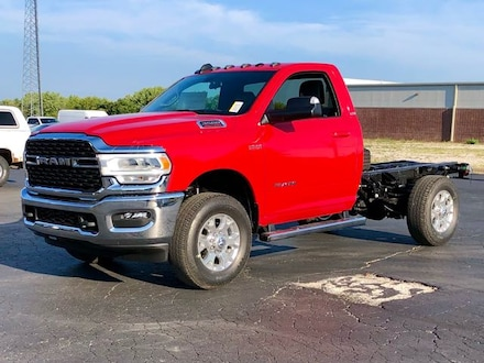 2022 Ram 3500 Regular Cab/Chassis 4x4 SLT Cab and Chassis
