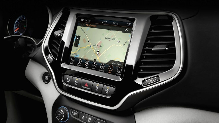 2020 Jeep Cherokee Infotainment Screen