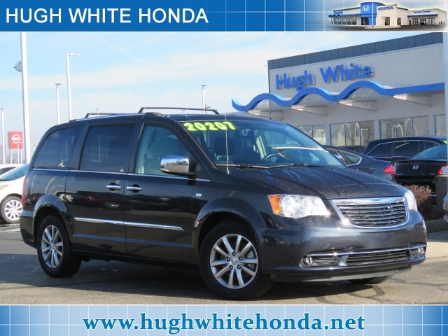 Featured pre-owned vehicles 2014 Chrysler Town & Country Touring-L Van for sale near you in Columbus, OH