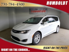 New 2019 Chrysler Pacifica TOURING L Passenger Van Humboldt, Tennessee