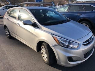 Pre-Owned 2016 Hyundai Accent SE Hatchback under $10,000 for Sale in Hnedersonville
