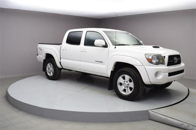 2011 Toyota Tacoma Prerunner Truck