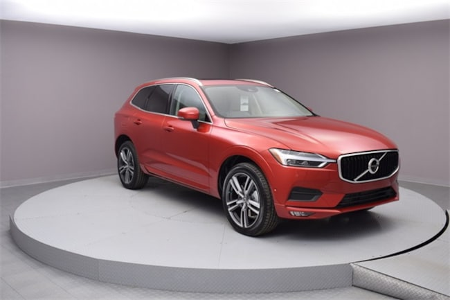 New 2018 Volvo XC60 T6 AWD Momentum SUV Asheville