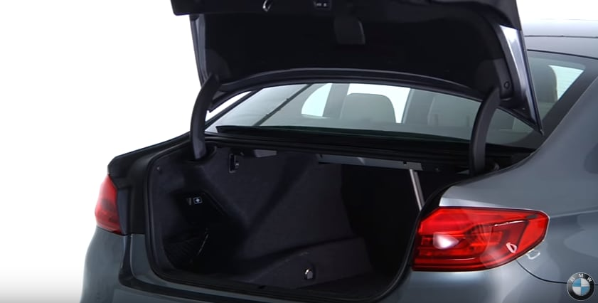 BMW open/close trunk feature