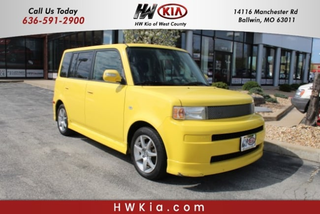 2005 Scion xB Base Sedan